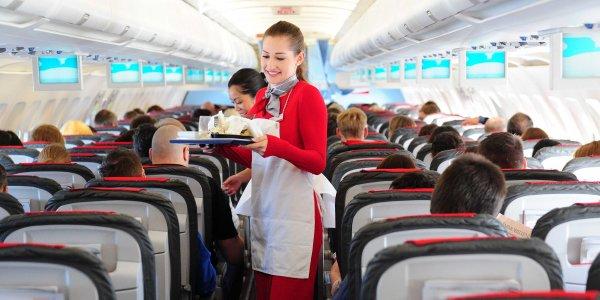 Пассажирке «Аэрофлота» вместо кошерного питания предложили похудеть