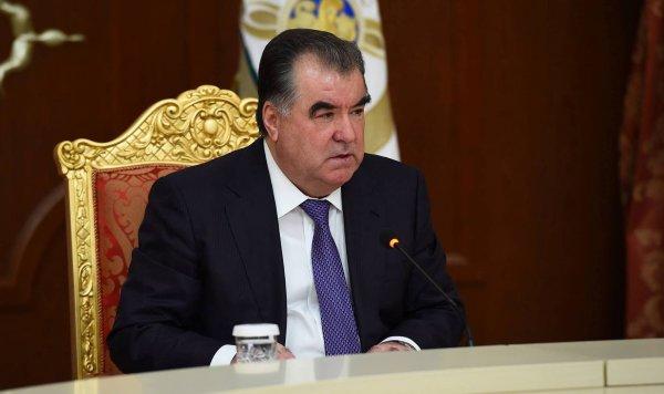 Вертолет с президентом Таджикистана «исчез» в горах при странных обстоятельствах
