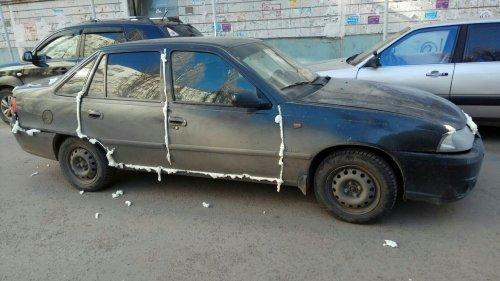 В Воронеже за неправильную парковку наказывают строительной пеной