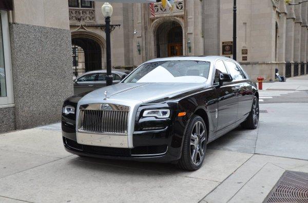 В Москве у светской львицы украли Rolls-Royce за 16,5 млн рублей