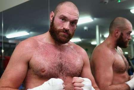 Британскому боксеру Тайсону Фьюри вернули боксерскую лицензию