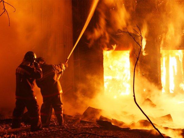 В Подмосковье на Балашинском литейно-механическом заводе случился пожар