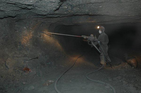 В Туве произошла авария на шахте