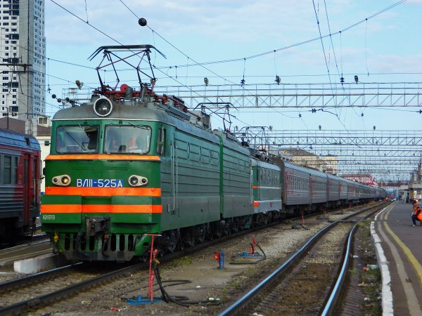 В Липецкой области на железнодорожной станции током ударило 13-летнего подростка