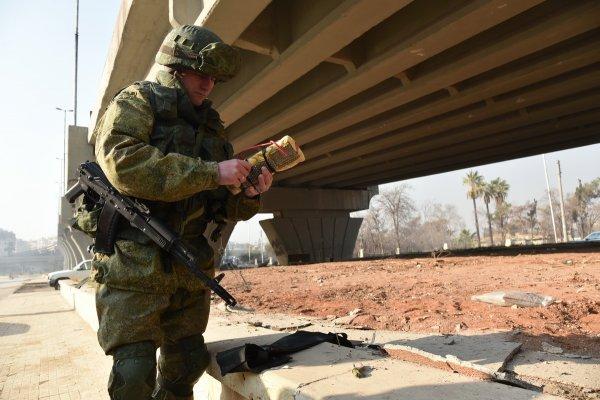 Омские правоохранители перекрыли целую улицу в Советском округе