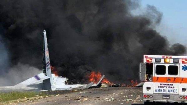 В Джорджии разбился лайнер ВВС США С-130