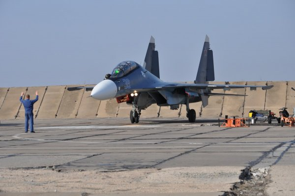 Перед крушением у Су-30СМ резко упала тяга двигателя