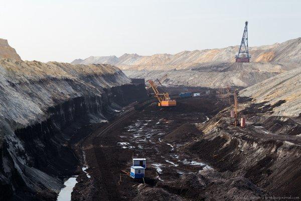 В Забайкальском крае горит угольный разрез