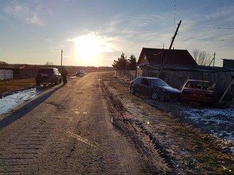 В Тюменской области пьяные автоледи въехали в электроопору