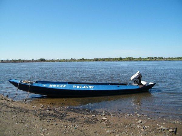В Воронеже лодка с детьми едва не столкнулась с теплоходом
