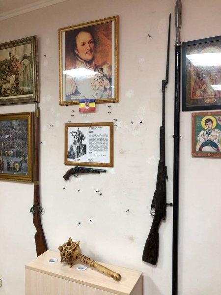 Штаб петербургских казаков подвергся нападению