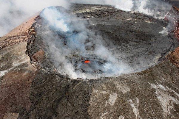 Геологи рассказали о взрыве в гавайском вулкане Килауэа