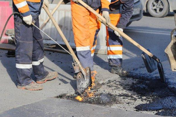 В преддверии ЧМ нижегородские рабочие в спешке замуровали в доме женщину