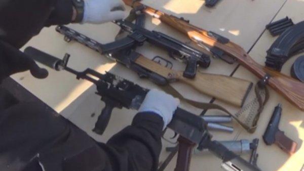 Полицейские обнаружили огнестрельное оружие у сантехника управляющей компании Москвы