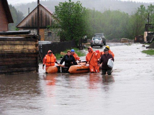 Около 650 дворов подтопило в Якутии