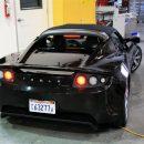Немецкий бизнесмен умер при возгорании электромобиля Tesla после аварии