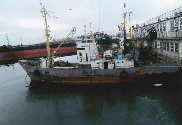 Капитана задержанного украинского корабля арестовали в Крыму