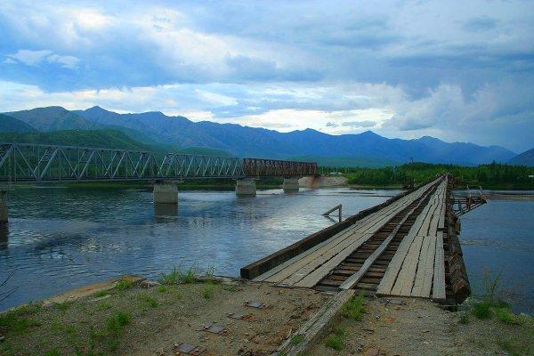 Ледоход на Витиме разрушил полукилометровый автомобильный мост