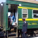 Зеленоволосую школьницу, «уставшую от проблем», пришлось снять с поезда в Казани