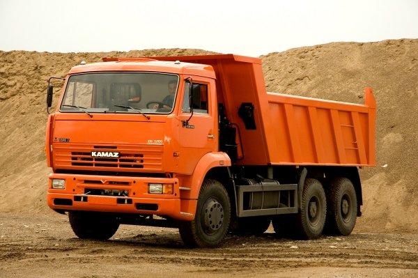 На западе Москвы украли «КамАЗ», который стоит 3,7 млн рублей