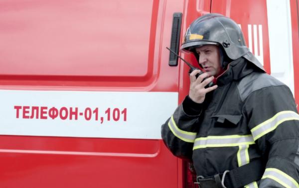 При тушении пожара в Москве сотрудники МЧС спасли 23 человека