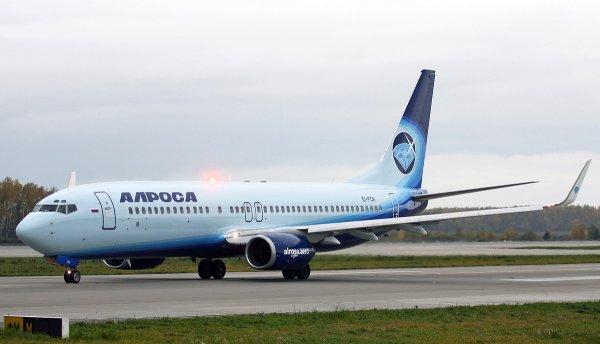 «Раздался громкий звук»: Пассажир самолета «Боинг» рассказал о ЧП в Пулково