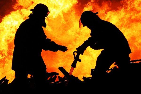 Во время пожара в Томской области погибли трое людей, в том числе ребенок