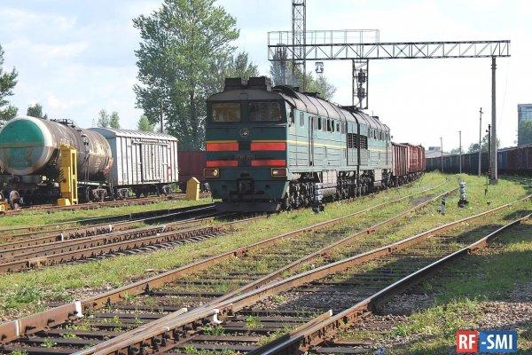 В Пскове устранили утечку серной кислоты из 60-тонной цистерны