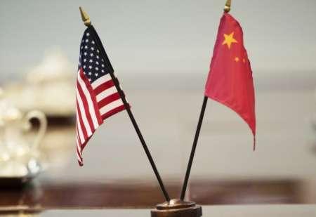 Дональд Трамп ввел пошлину 25% на товары из Китая
