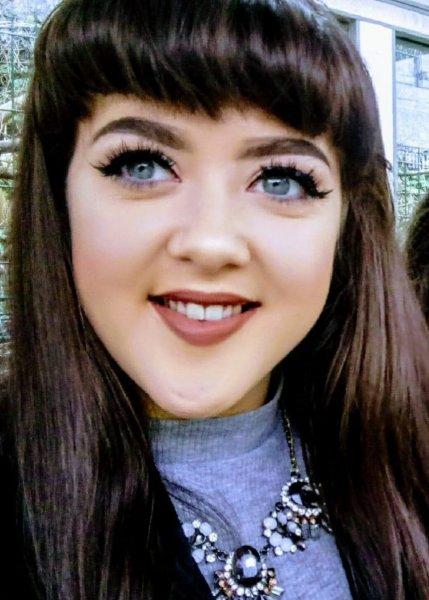22-летняя артистка погибла, упав с 19-го этажа