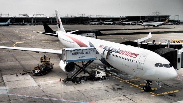 Дурнопахнущий пассажир стал причиной экстренной посадки самолёта