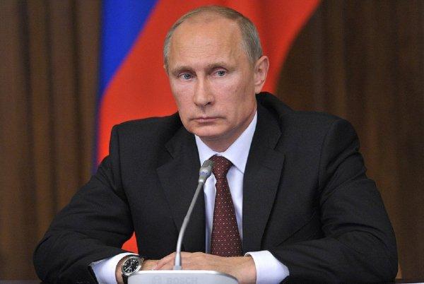 Путин освободил от поста главу кемеровского МЧС, обвинив его в халатности