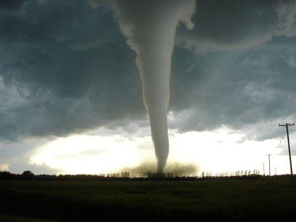 «Завораживающий» торнадо прошёл через штат Вайоминг