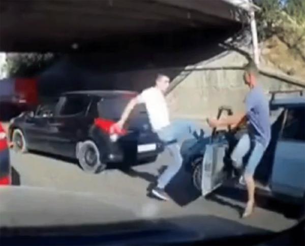 Крымчанин нокаутировал сделавшего ему замечание водителя