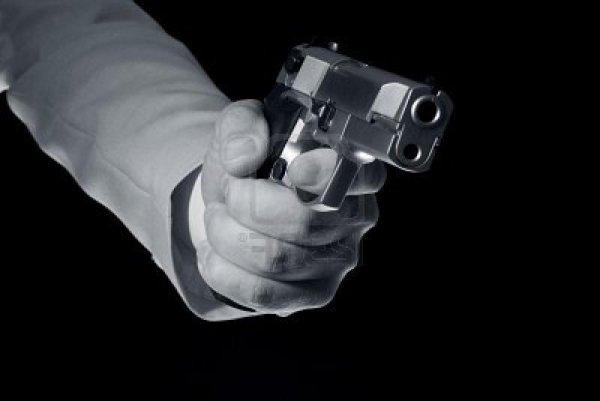 На полигоне в Челябинской области ранили в плечо дочь полицейского