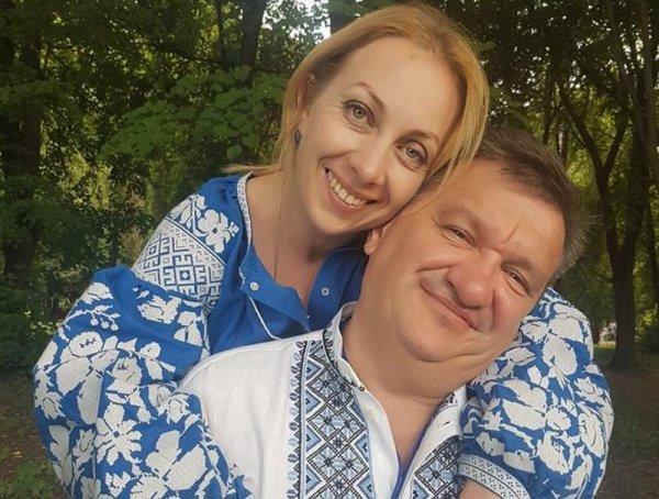 В украинских Черкассах пьяные депутаты Олега Ляшка избили семейную пару