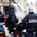 В Париже полиция задержала мужчину, взявшего заложников