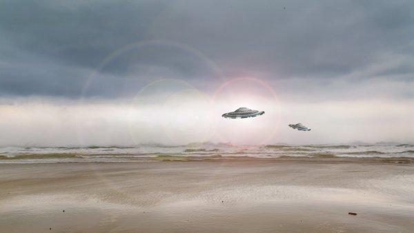 В Швеции странное НЛО «набирало» воду из озера