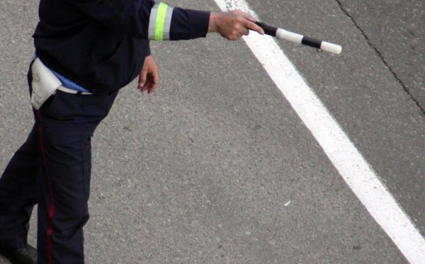 Пистолет помог гаишнику окончить юридический спор
