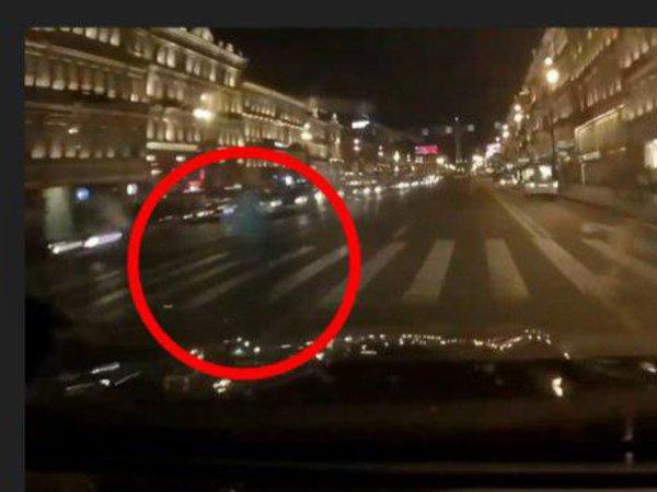 В Петербурге погибла женщина из-за гонок стритрейсеров