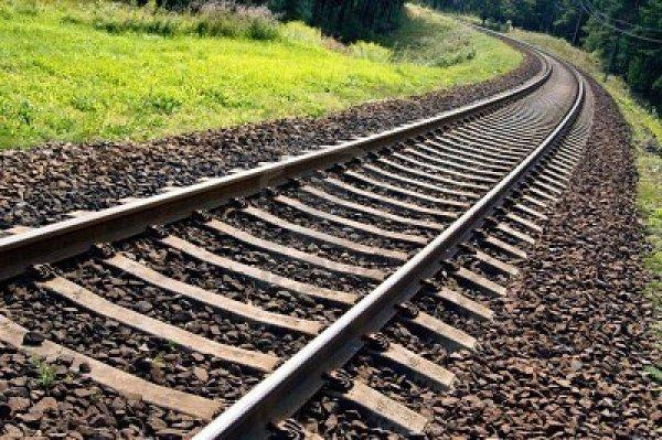 В Лондоне поезд таинственным образом сбил молодых художников