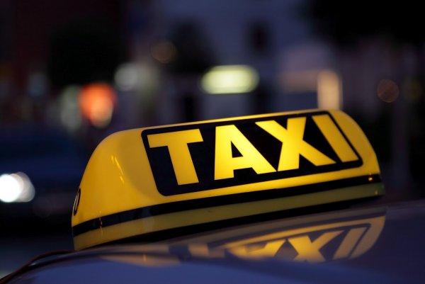 В Ростове-на-Дону таксист едва не похитил британского журналиста