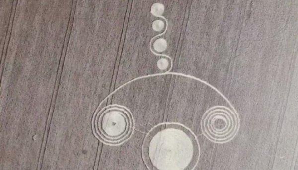Жители Кубани испугались странных кругов на полях
