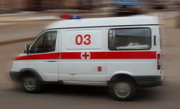 В Астрахани из двигавшейся на полном ходу маршрутки выпала пенсионерка