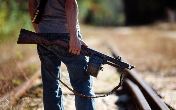 В Краснодаре шериф с винтовкой патрулировал улицы