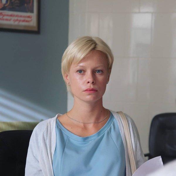 Актриса «Закрытой школы» была избита мужем её пьяной подруги