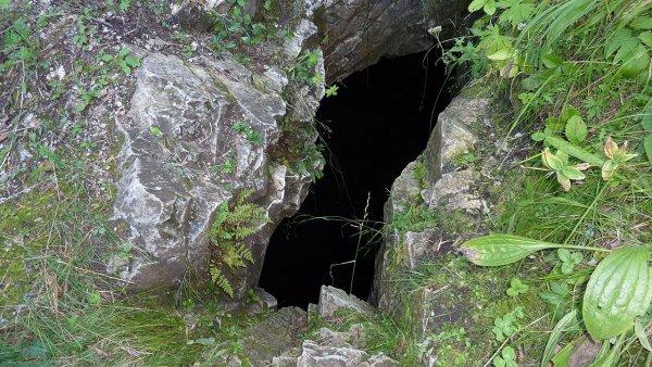 Тайские школьники проведут в пещере ещё минимум два дня