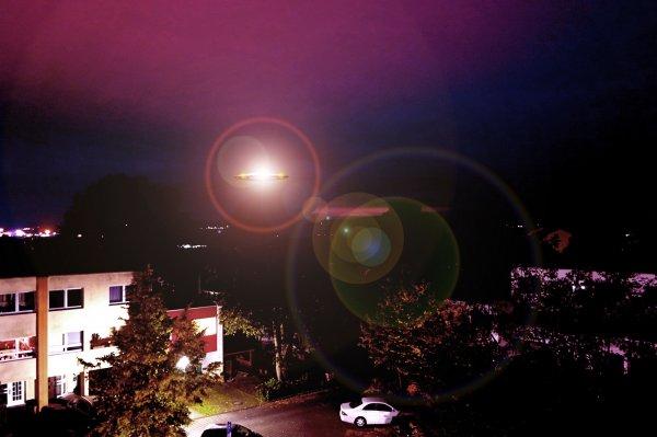 Странный пульсирующий НЛО был замечен возле Чёрного моря
