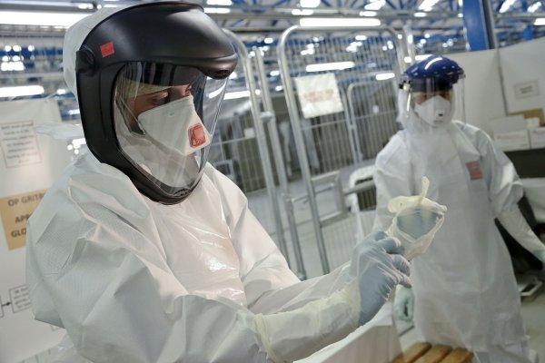 Во Франции человек впервые заразился вирусом Усуту