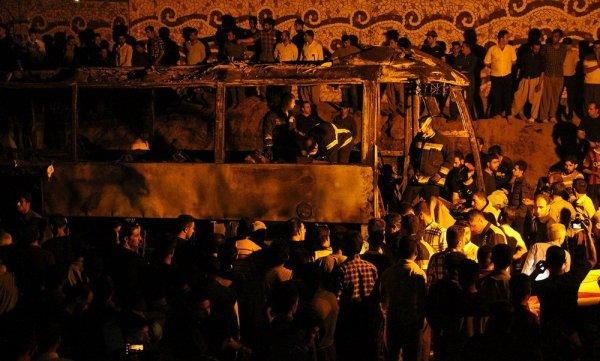 В Иране в результате ДТП с пассажирским автобусом погибли 27 человек